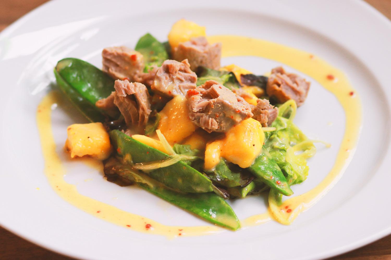 Räucher-Thunfisch-Mango-Salat
